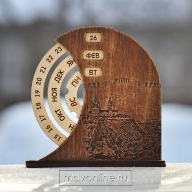 Вечный-календарь-из-дерева